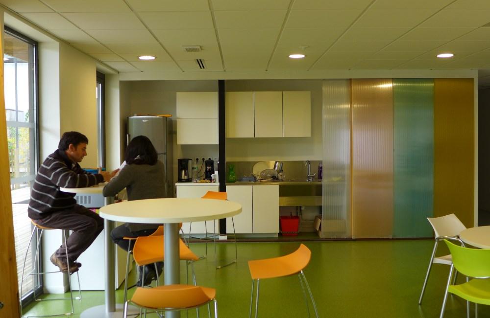 p pini re h tel d entreprises technop le domolandes. Black Bedroom Furniture Sets. Home Design Ideas
